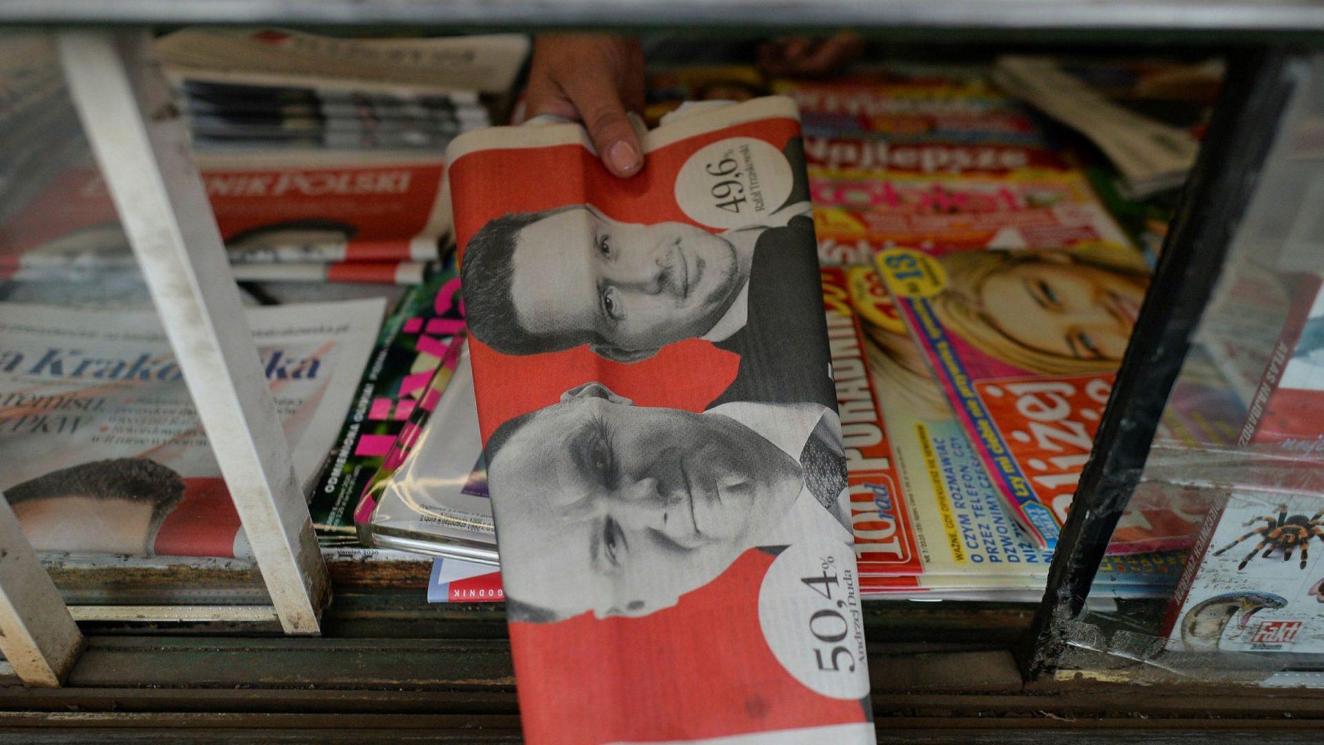 Libertatea presei din Polonia, în pericol. Ultimul atac al partidului de la putere: taxa pe publicitate