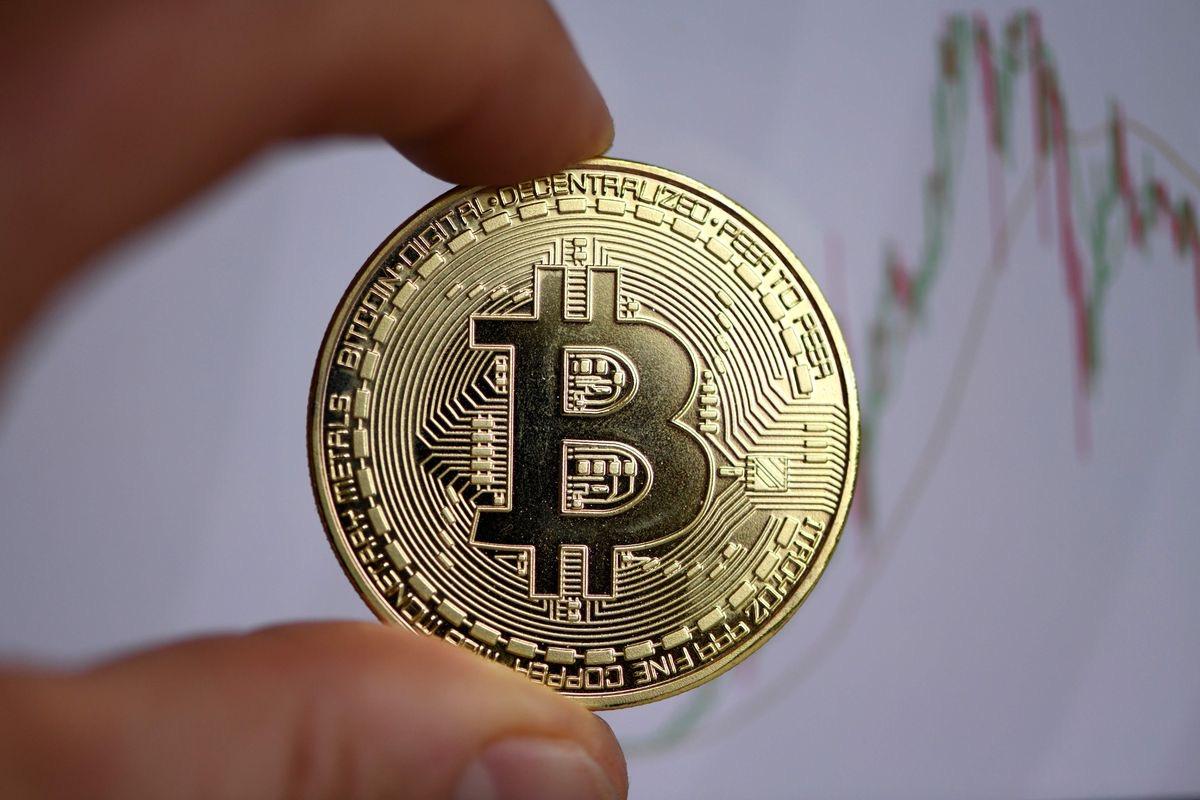 Editiadedimineata: Ai un Bitcoin? Poți să-ți cumperi o garsonieră în București cu el