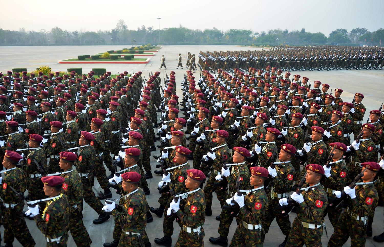 Contul armatei din Myanmar, blocat de Facebook pentru încălcarea drepturilor omului