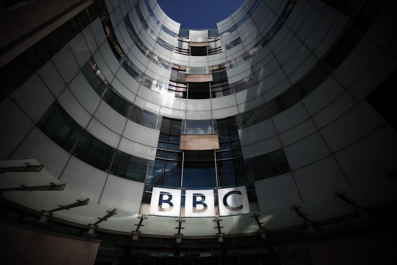 China a interzis difuzarea BBC după ce Anglia a retras licența unei televiziuni susținute de Beijing