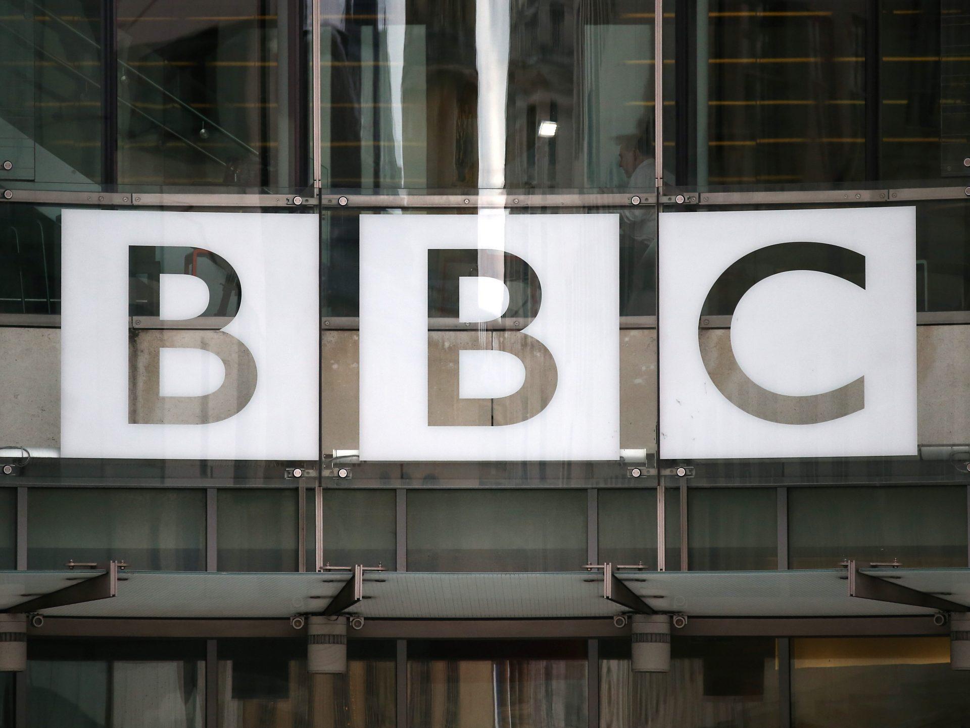 BBC ia în calcul introducerea subscripțiilor pentru serviciul său global de știri