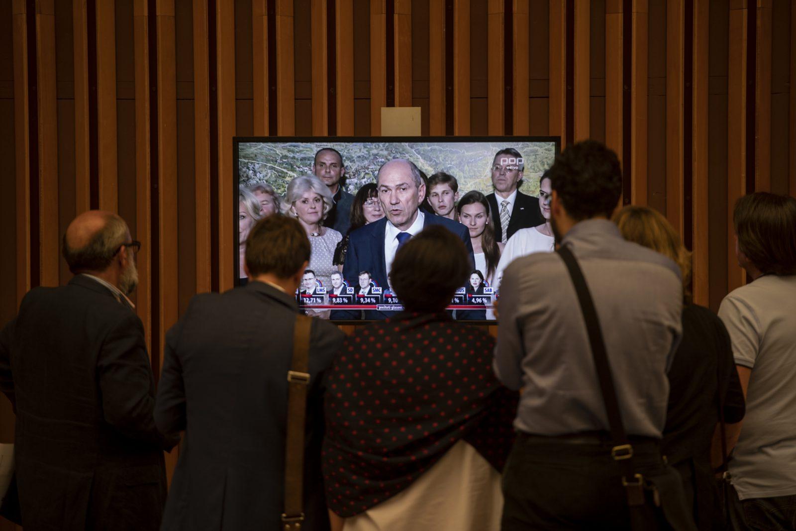 Comisia Europeană condamnă atacurile premierului sloven asupra jurnaliștilor