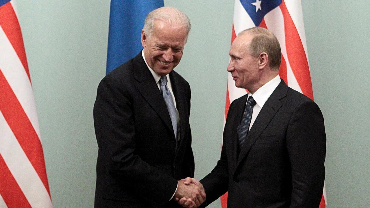 """Putin s-a răzgândit: vrea o dezbatere cu Biden, după ce cei doi s-au acuzat că ar fi """"ucigași"""""""