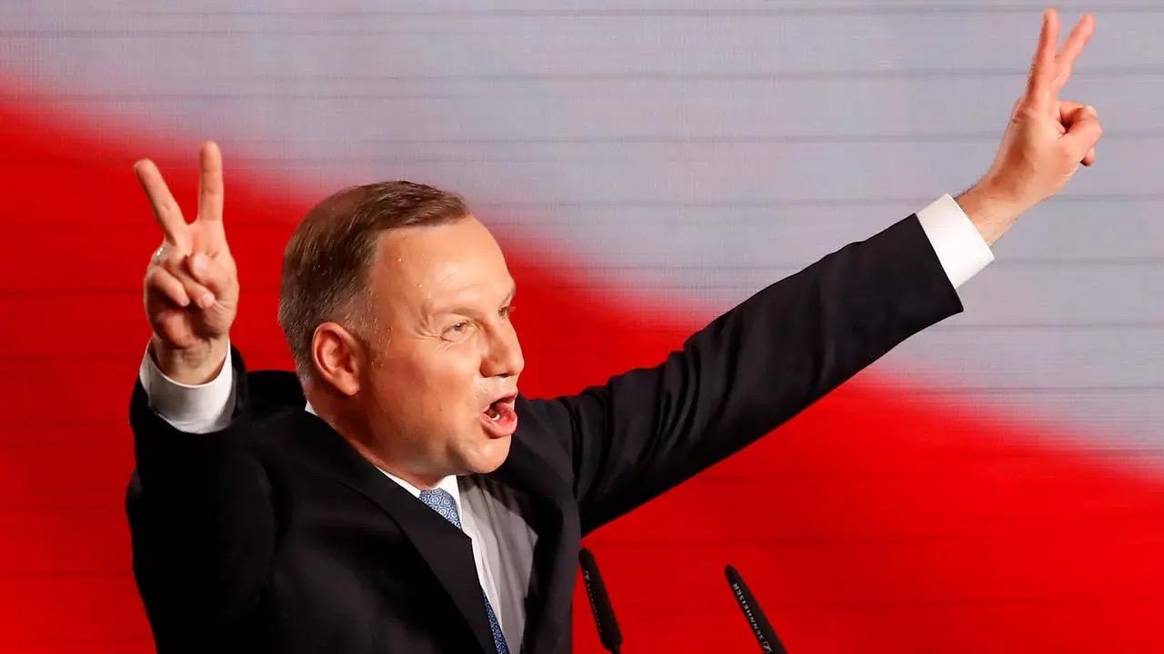 Insultarea președintelui polonez i-ar putea aduce până la trei ani de închisoare unui jurnalist