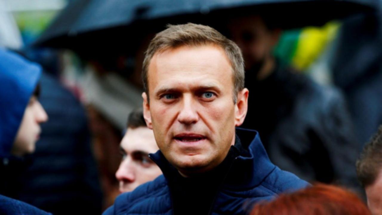 """Avocatul lui Navalnîi: """"A slăbit mult, are o tuse puternică și temperatură"""""""