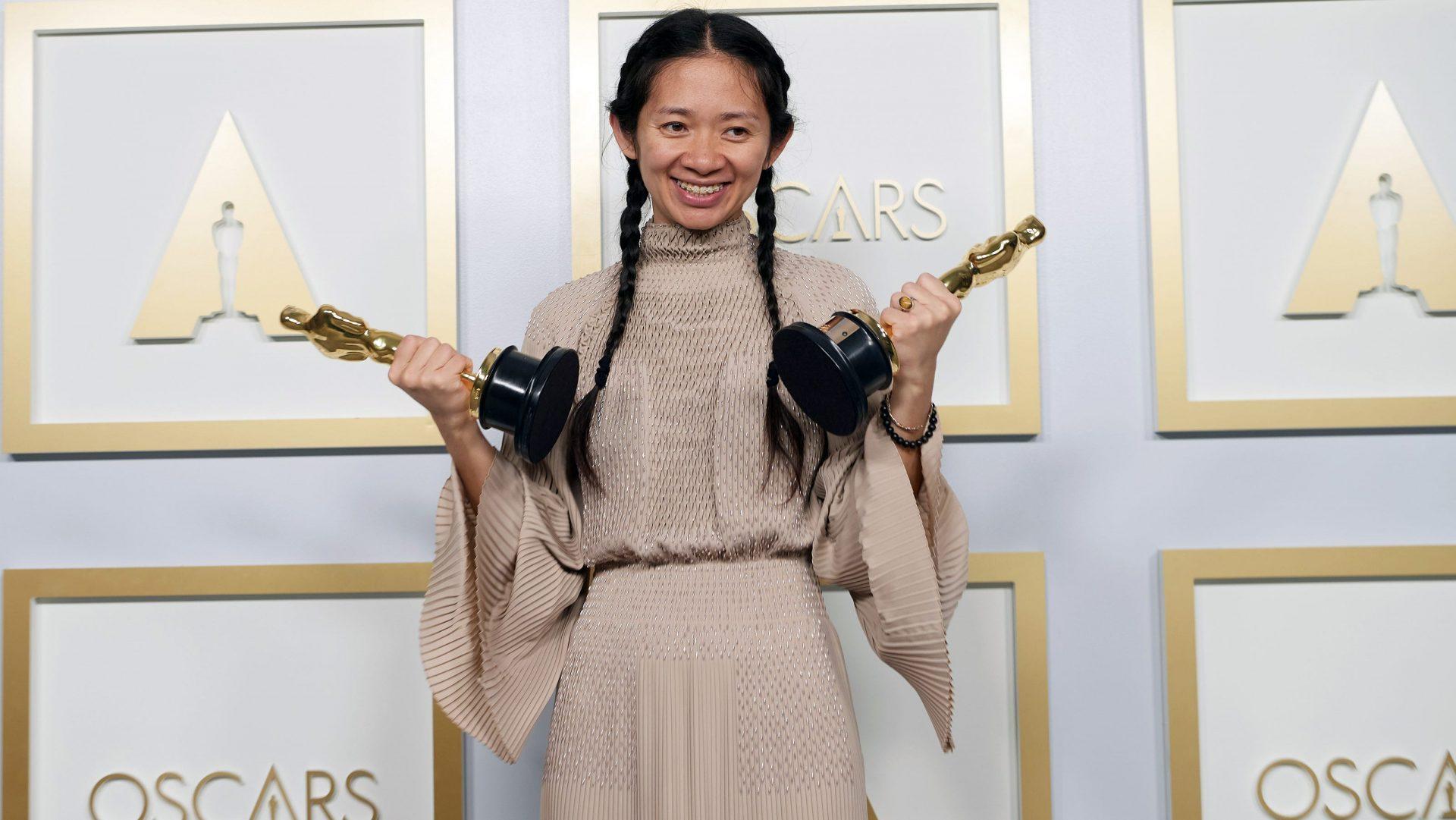 China a cenzurat postările și articolele despre premiul Oscar câștigat de regizoarea Chloé Zhao