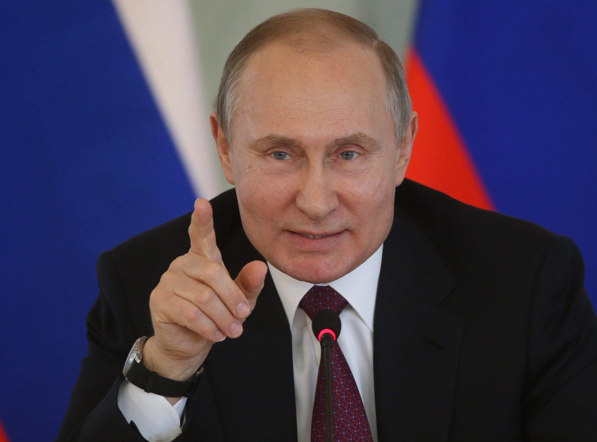 De ce îi e frică lui Putin de Navalnîi, deși are toate șansele să câștige alegerile