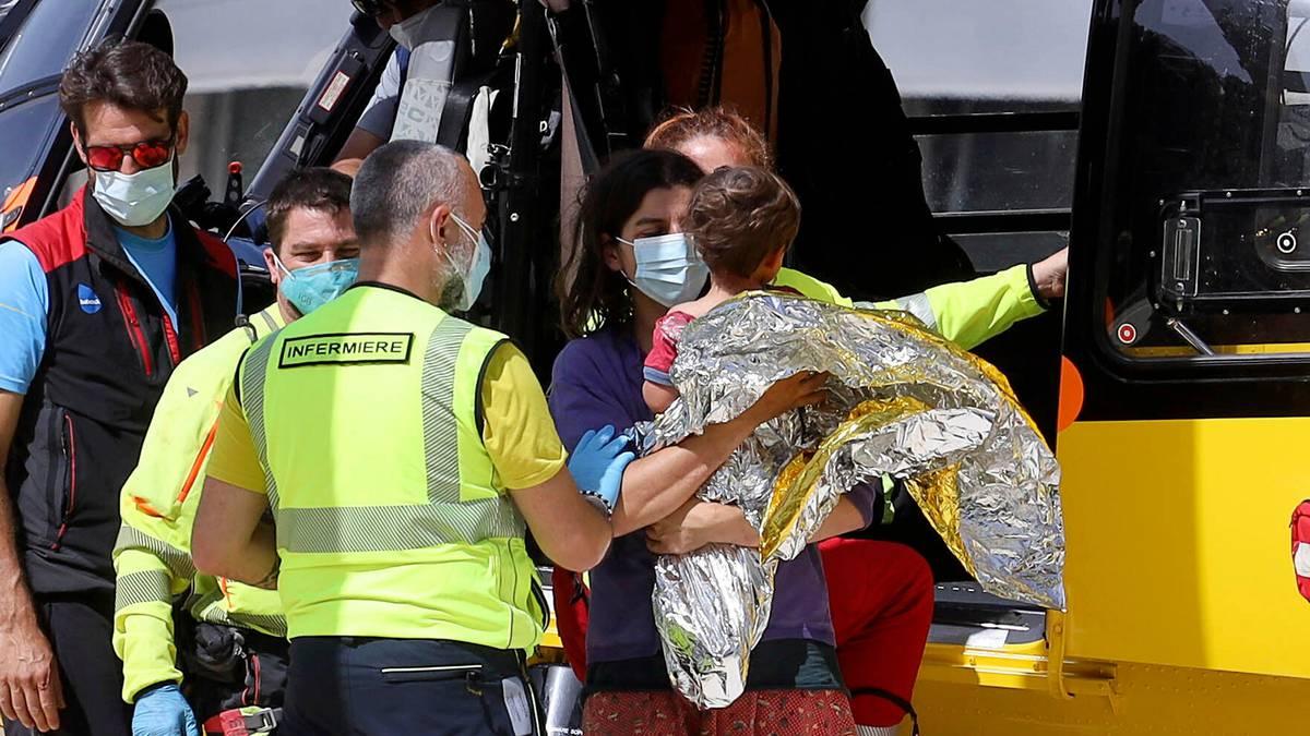 Reportajul care a salvat viața unui copil italian. Un jurnalist trimis să acopere dispariția acestuia l-a găsit în pădure