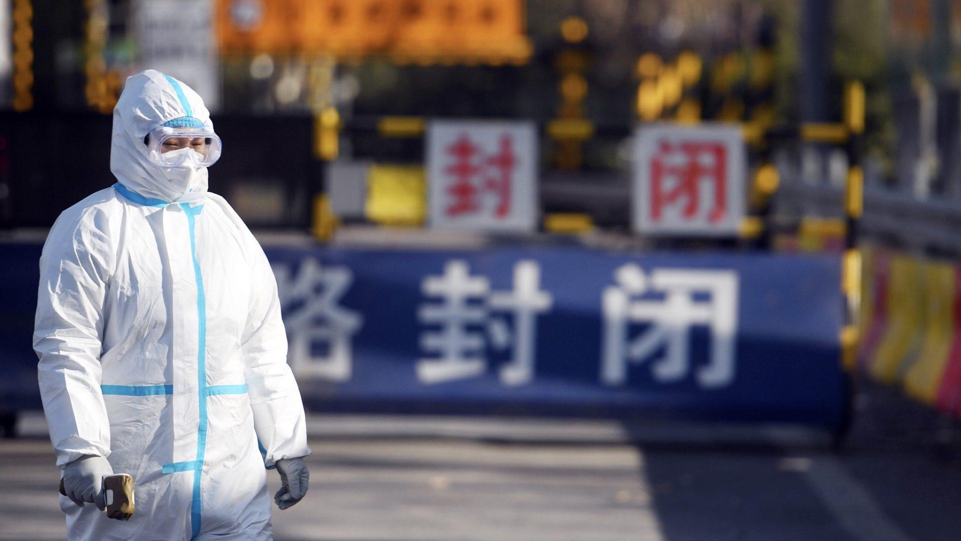 Beijingul susține că grupurile de extremă-dreapta hărțuiesc oamenii de știință în legătură cu originea COVID-19