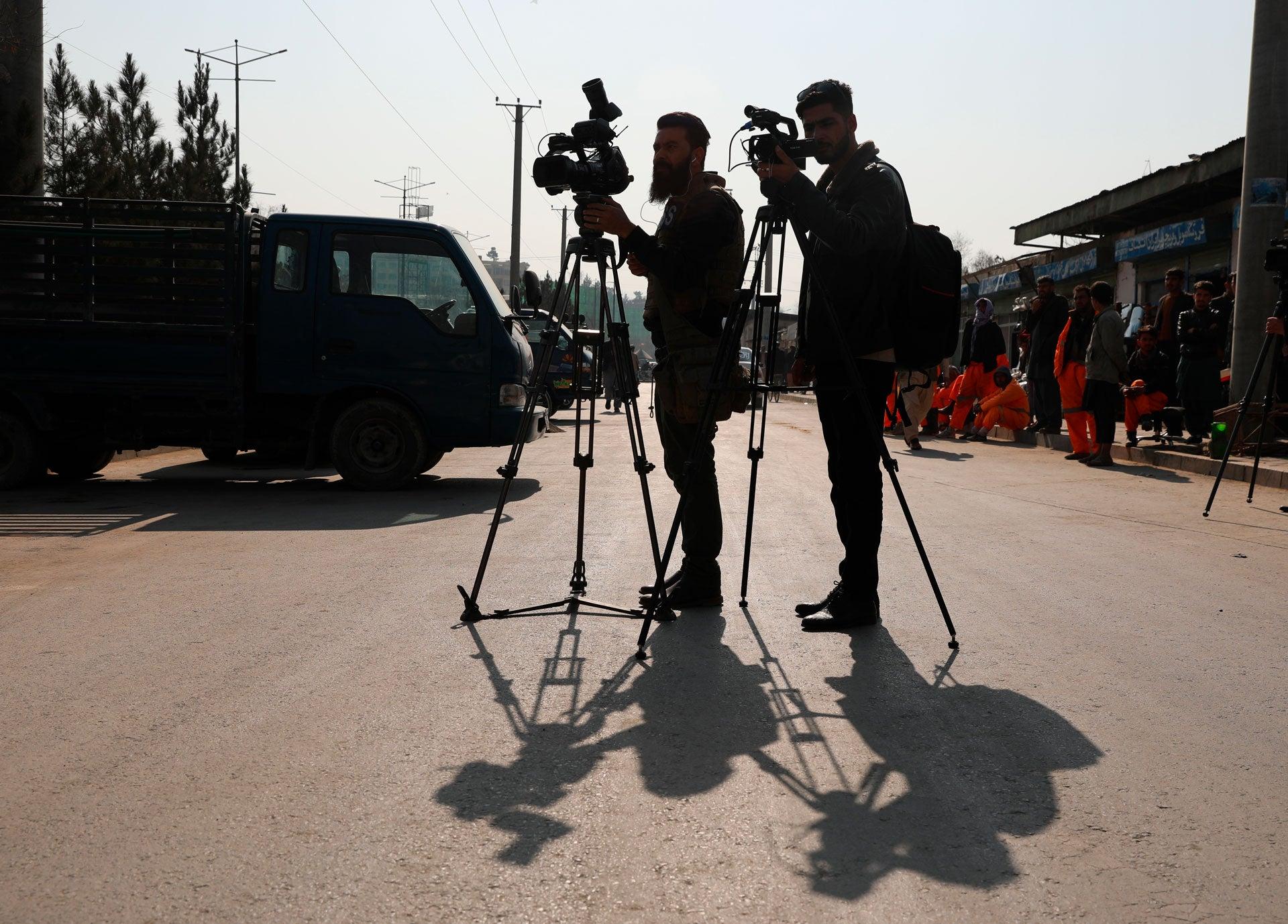 Anglia ia în considerare să le ofere protecție jurnaliștilor afgani care au lucrat pentru publicații britanice