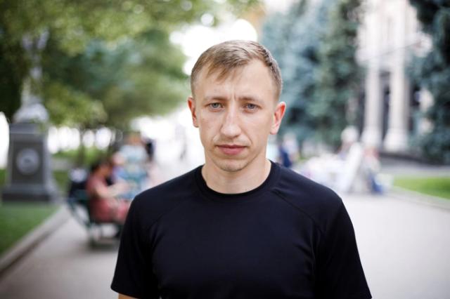 Un activist politic belarus, exilat în Ucraina, a fost găsit mort într-un parc. Acesta afirmase anterior că este urmărit