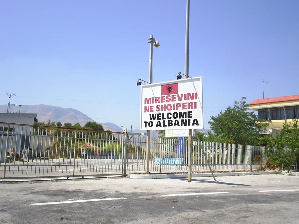 Presa elenă, acuzații la adresa Albaniei. Jurnaliștii afirmă că guvernul vrea să pună presiune pe populația greacă