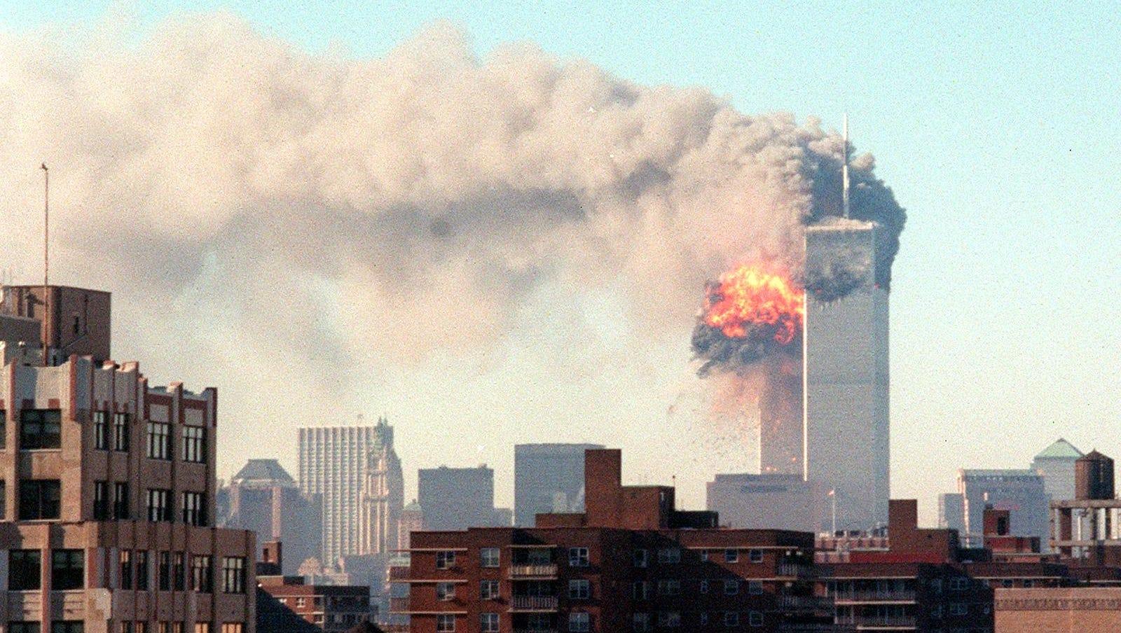 Imagini surprinse de Google Earth din timpul atentatelor din 11 septembrie 2001, făcute publice