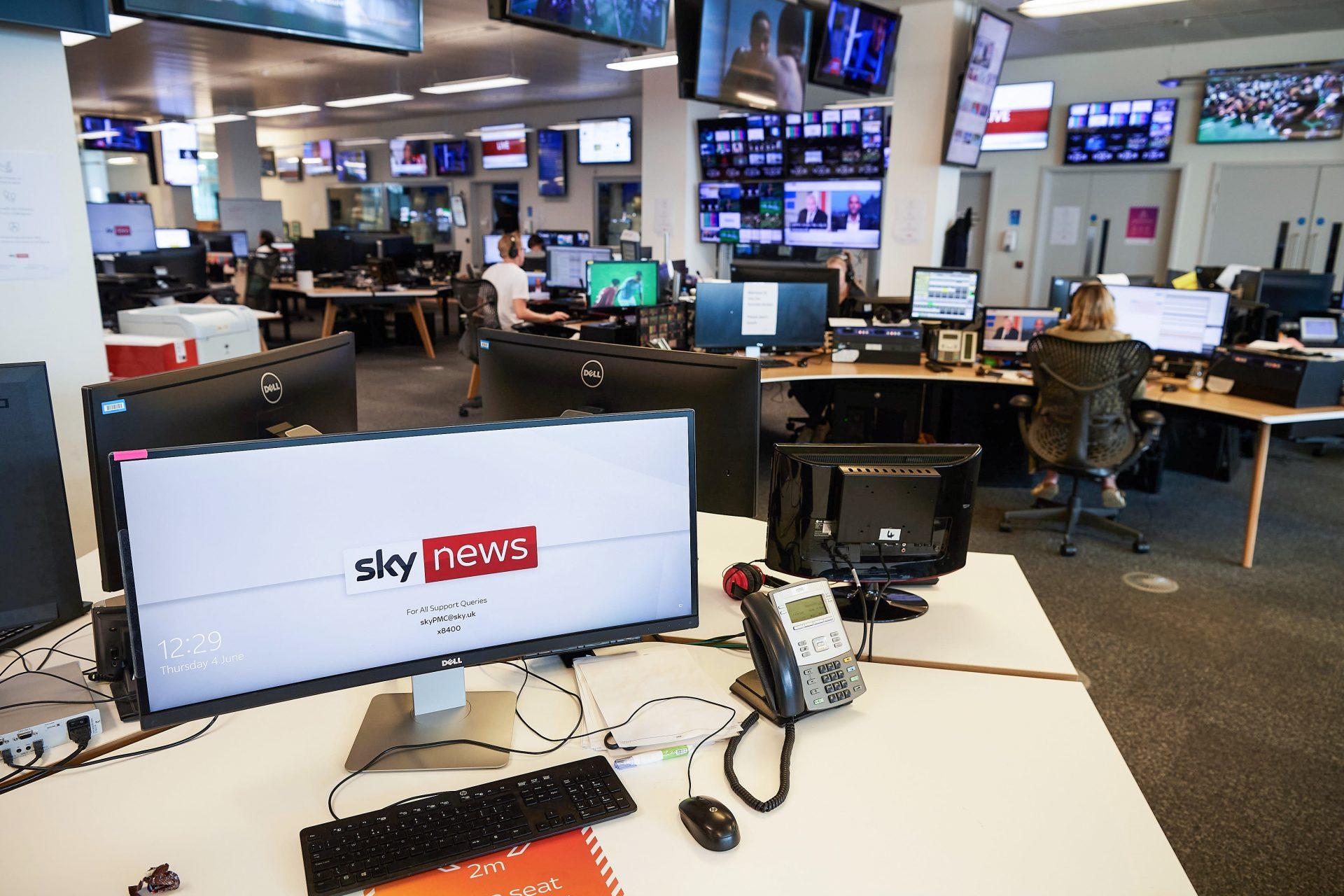 Sky News Australia a eliminat zeci de videoclipuri de pe site, după ce YouTube i-a suspendat canalul pentru dezinformare