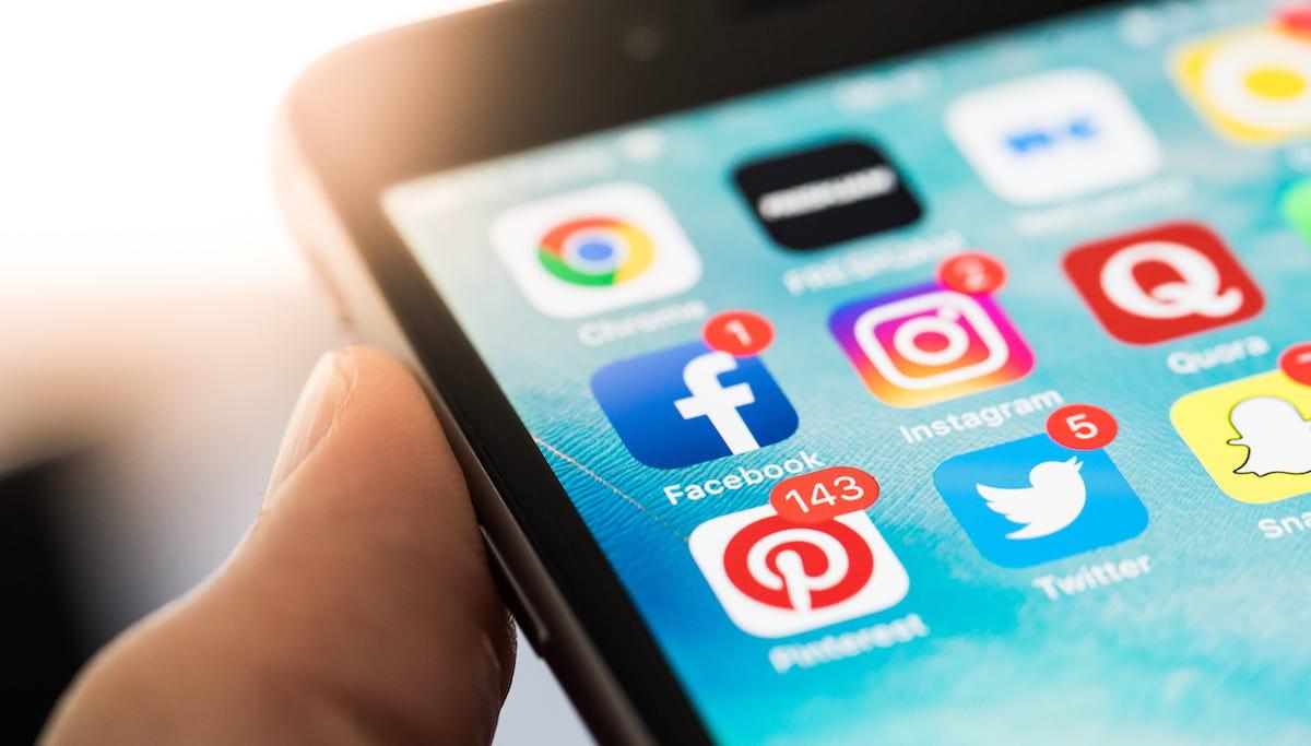 Facebook nu a funcționat la nivel mondial. Care este motivul