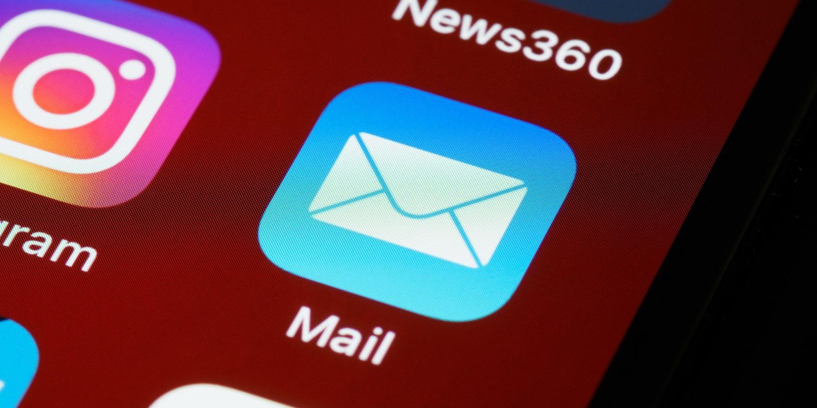 Peste 400.000 de e-mailuri de șantaj, identificate în România