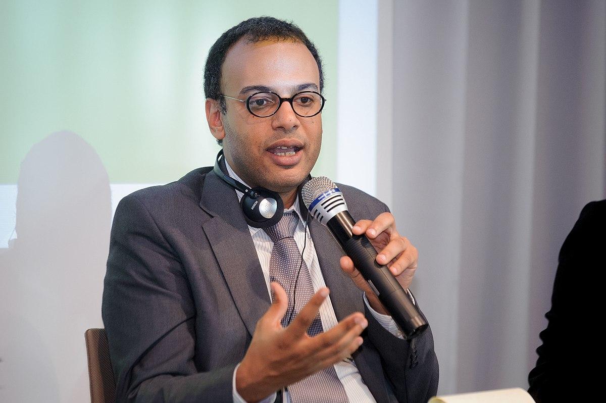 Un tweet i-ar putea aduce ani de închisoare unui jurnalist egiptean