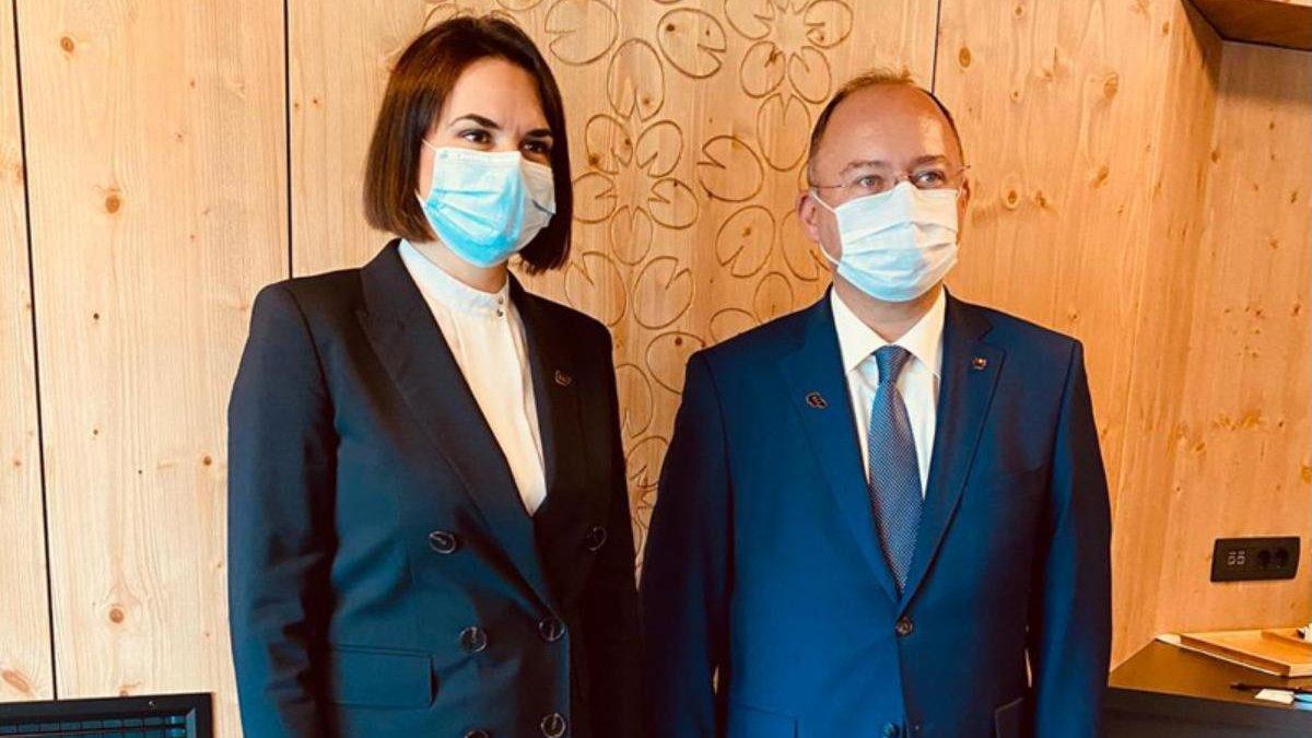 Șeful MAE s-a întâlnit cu lidera opoziției belaruse, Svetlana Tihanovskaia, la solicitarea acesteia