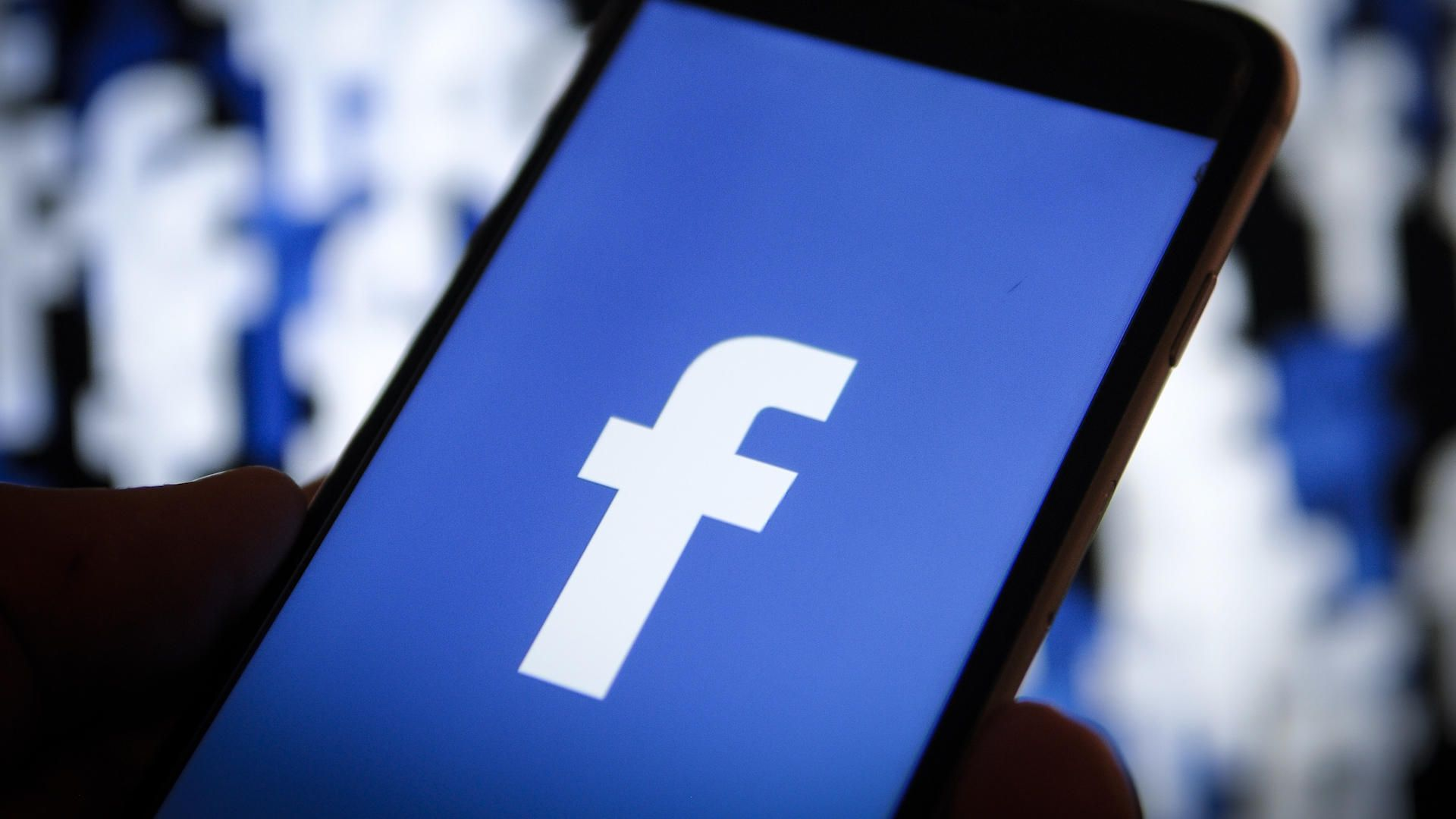 Facebook vrea să protejeze jurnaliștii împotriva hărțuirii și a discursului instigator la ură