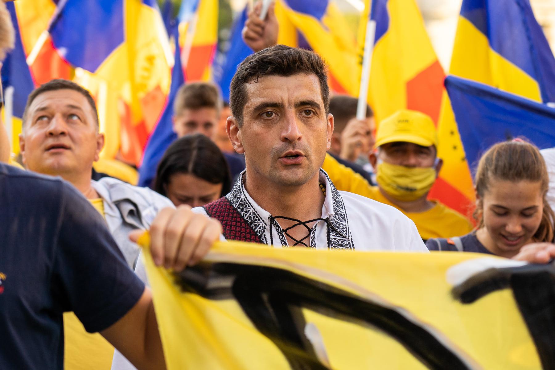 """Euronews îi face portretul lui George Simion: """"Artistul graffiti devenit parlamentar"""""""